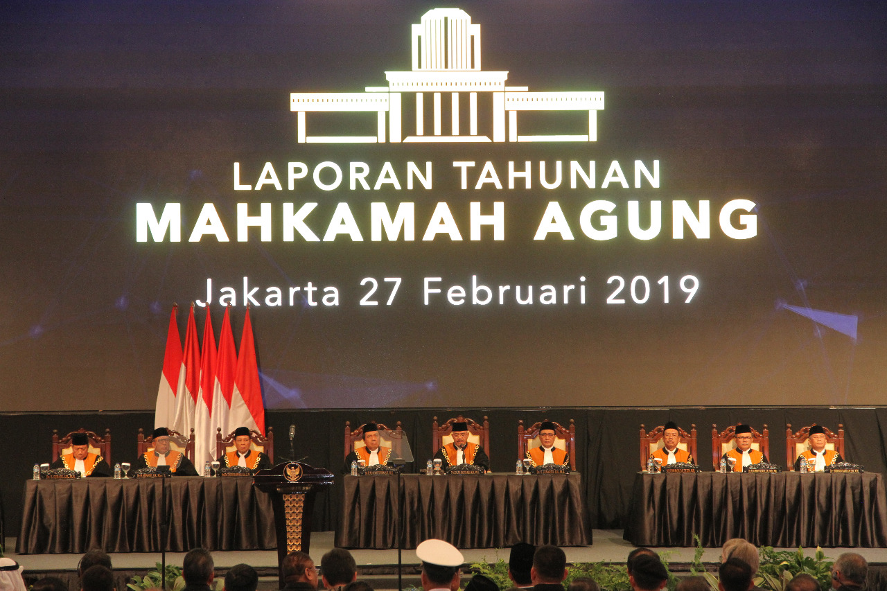 MAHKAMAH AGUNG MENUJU ERA BARU PERADILAN MODERN BERBASIS TEKNOLOGI INFORMASI (Kilas Balik Laptah MA 2018)