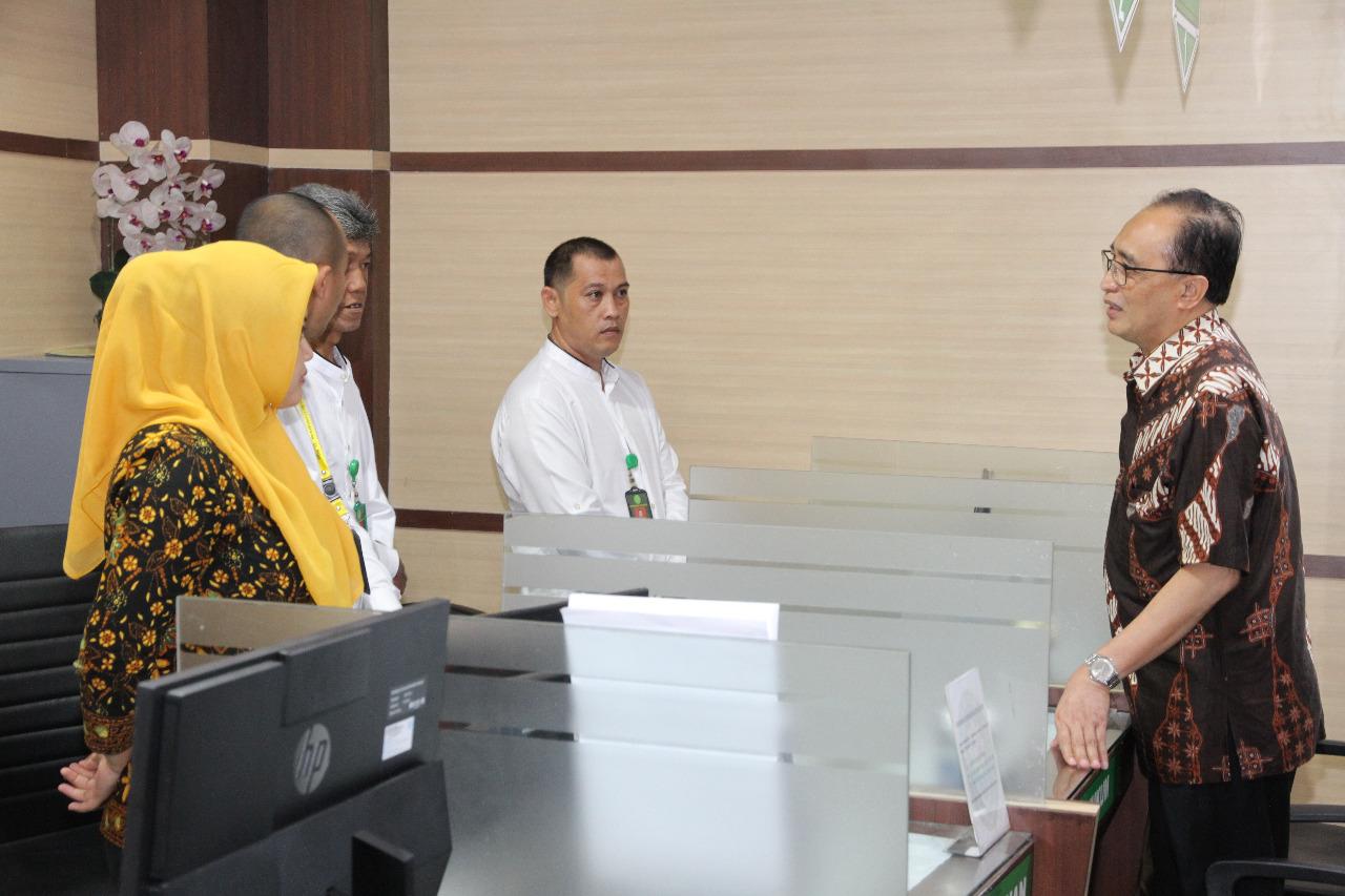 Wakil Ketua Mahkamah Agung Bidang Non Yudisial Meninjau Pengadilan Negeri, Agama Dan Tata Usaha Negara Semarang