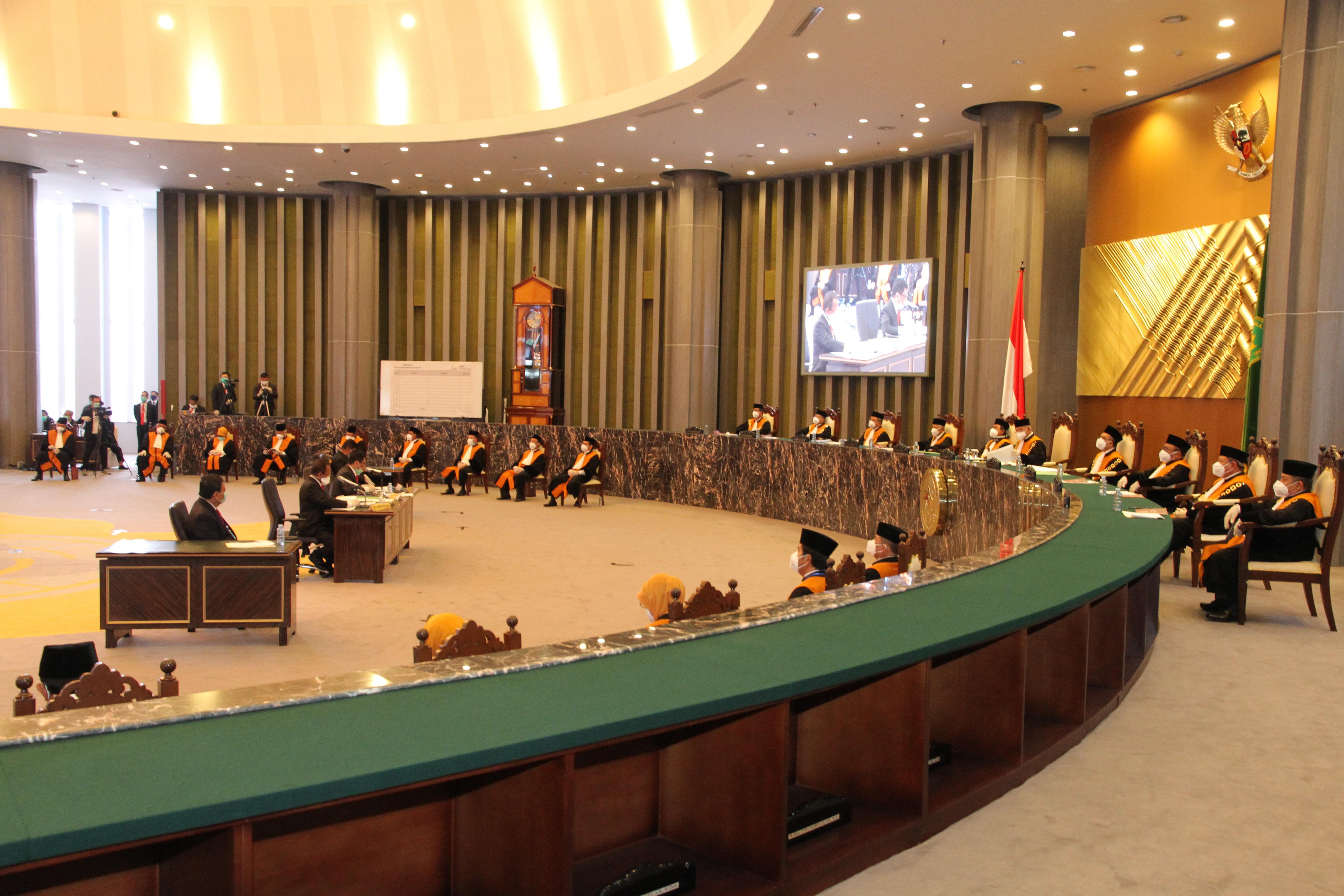 DENGAN MEMATUHI PROTOKOL COVID-19, MAHKAMAH AGUNG SELENGGARAKAN PEMILIHAN KETUA MAHKAMAH AGUNG PERIODE 2020-2025
